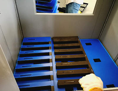 中空板蜂窩圍板箱